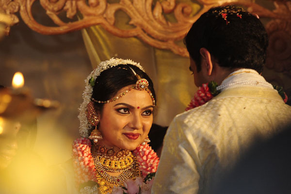samvrutha sunil wedding photos 10 Actress Samvrutha Sunil Wedding Photos