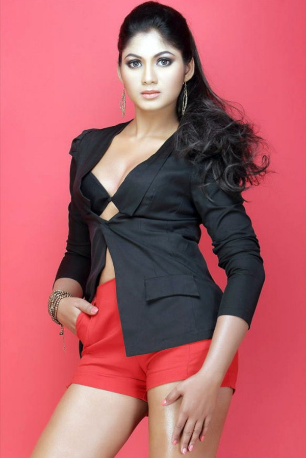 shruthi reddy latest hot in red 9 Actress Shruthi Reddy Hot Photoshoot Stills in Red Shorts