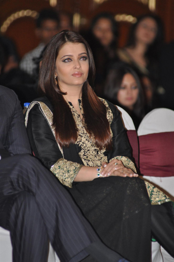 aishwarya rai at book launch photos 1769 Aishwarya Rai at Book Launch Photos