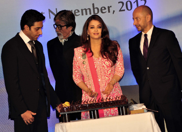 aishwarya rai at french embassy photos 20 Aishwarya Rai Photos At French Embassy