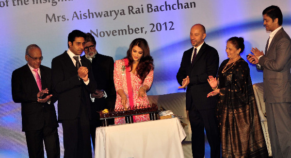 aishwarya rai at french embassy photos 21 Aishwarya Rai Photos At French Embassy