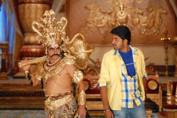 allari naresh yamudiki mogudu movie stills 2 Allari Naresh Yamudiki Mogudu Movie Stills