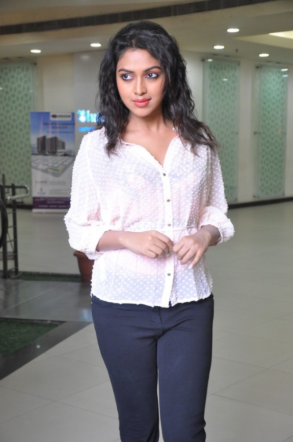 amala-paul-latest-photo-gallery-29