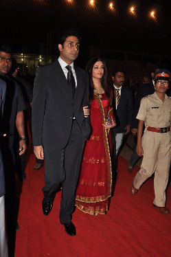 top-bollywood-celebs-at-umang-2013-photos-6