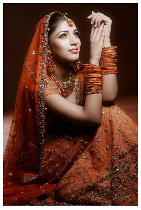 divya bhandari hot stills 06 Divya Bhandari Hot Stills