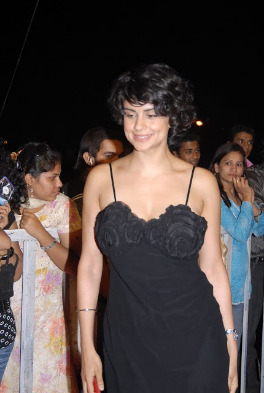 gul panag hot photos 03 Gul Panag Hot Photos