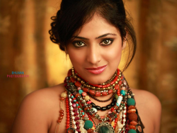 hari priya latest hot pics 3 Hari Priya Latest Hot Pics