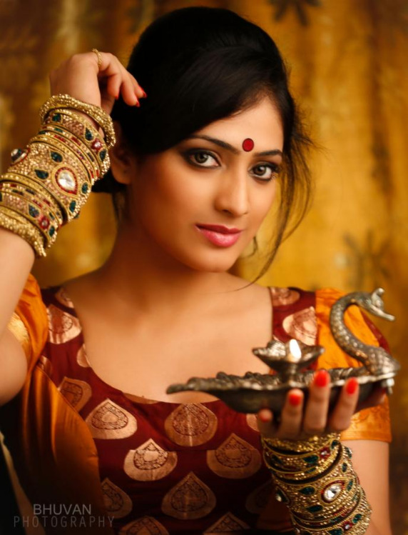 hari priya latest hot pics 4 Hari Priya Latest Hot Pics