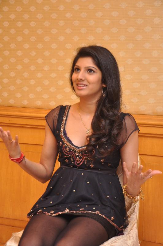 joshna latest photo gallery 10 Joshna Latest Hot Photo Shoot Stills
