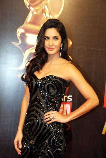 katrina-kaif-at-19th-annual-colors-screen-awards-4