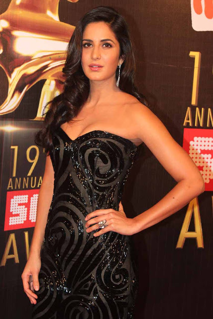 katrina-kaif-at-19th-annual-colors-screen-awards