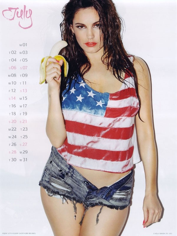 kelly brook 07 Kelly Brook Hot Calendar 2013