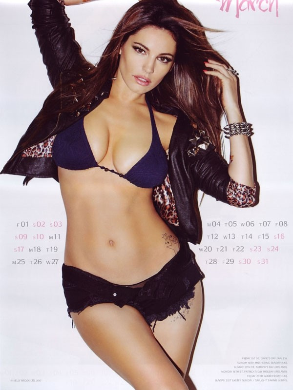 kelly brook 13 Kelly Brook Hot Calendar 2013