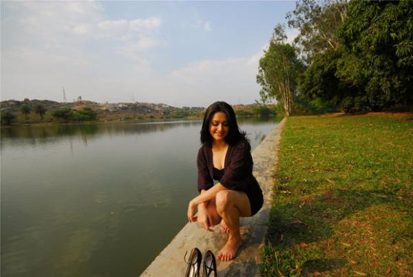 kriti kharbanda latest hot photoshoot stills15 Kriti Kharbanda in Ram's Ongole Gitta