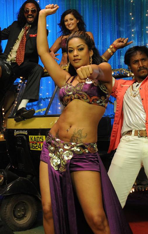 mumaith khan latest hot photos 176 Mumaith Khan Latest Hot Photos