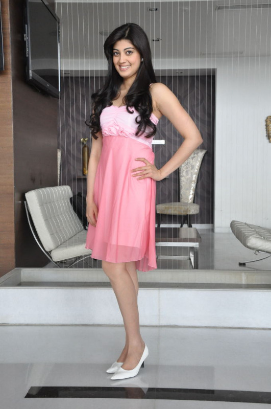praneetha latest photo gallery 1 Praneetha Latest Photo Stills