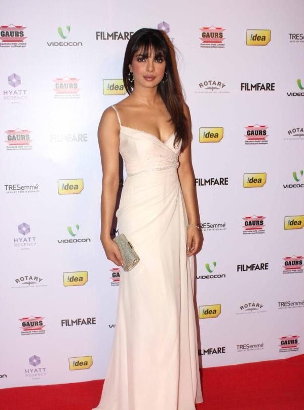 priyanka chopra at 58th filmfare awards 2013 2 Priyanka Chopra at 58th Filmfare Awards 2013