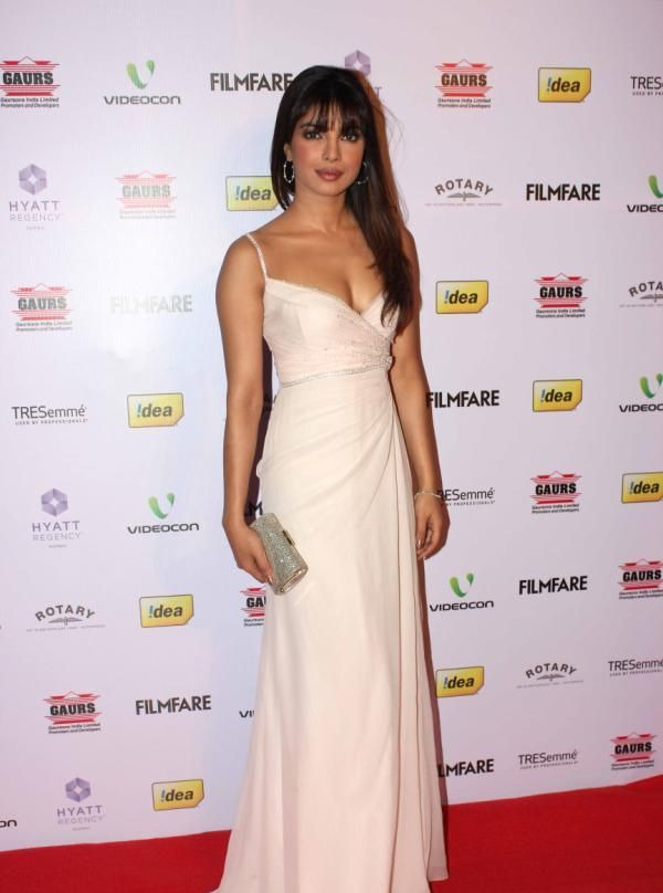 priyanka chopra at 58th filmfare awards 2013 3 Priyanka Chopra at 58th Filmfare Awards 2013