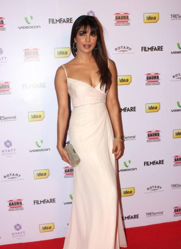 priyanka chopra at 58th filmfare awards 2013 7 Priyanka Chopra at 58th Filmfare Awards 2013