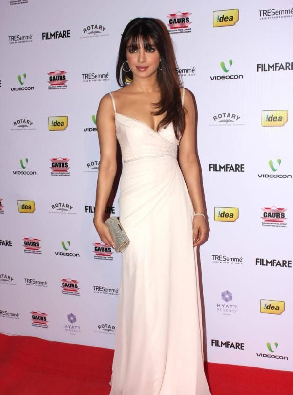 priyanka chopra at 58th filmfare awards 2013 Priyanka Chopra at 58th Filmfare Awards 2013