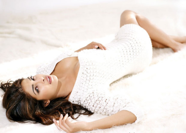 priyanka chopra hot photo shoot photos 1709 Priyanka Chopra Hot Photo Shoot Photos