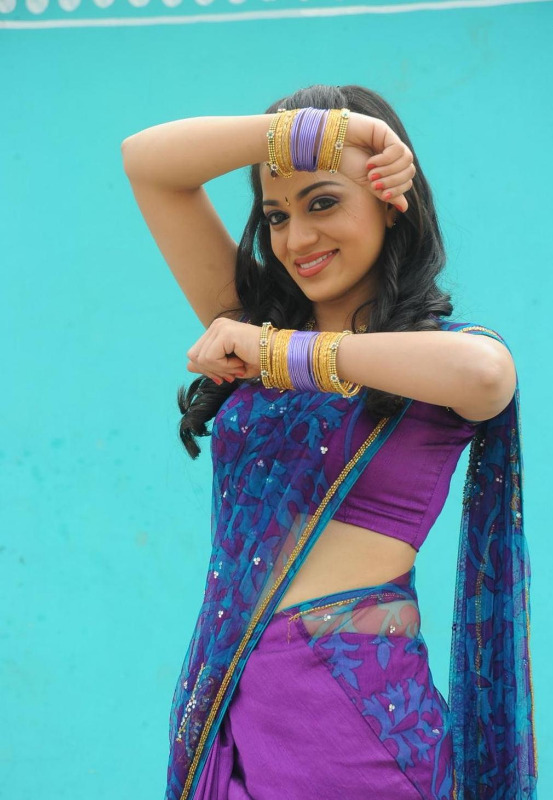 actress reshma hot photos in saree 01 Actress Reshma Hot Photos in Saree