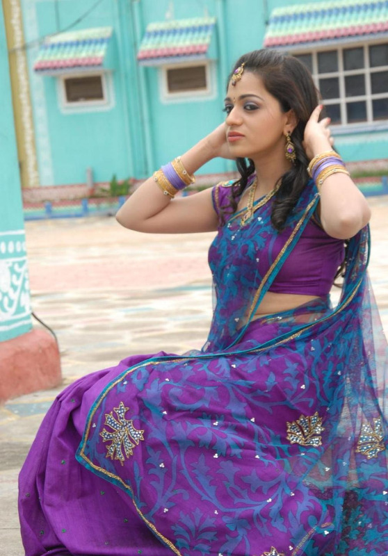 actress reshma hot photos in saree 02 Actress Reshma Hot Photos in Saree