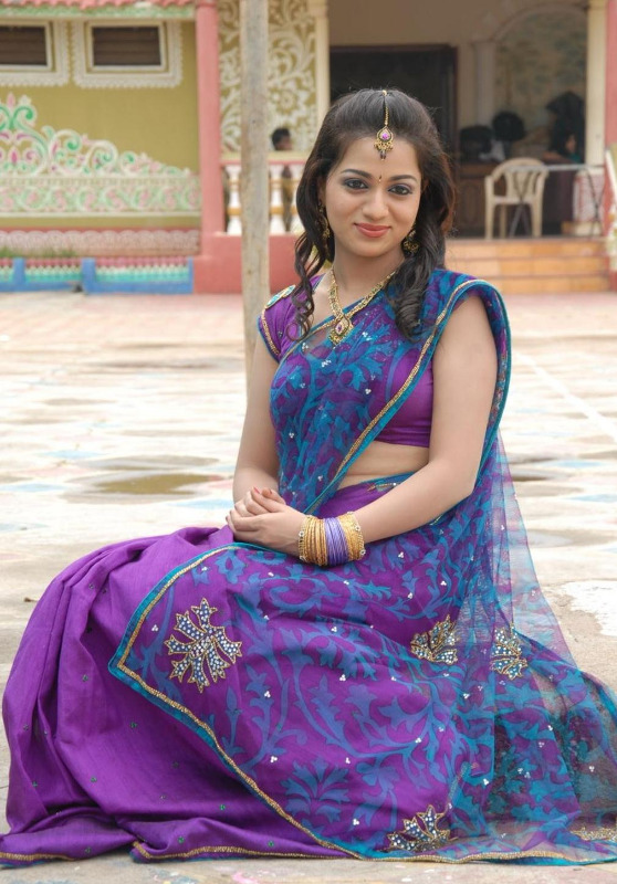 actress reshma hot photos in saree 03 Actress Reshma Hot Photos in Saree