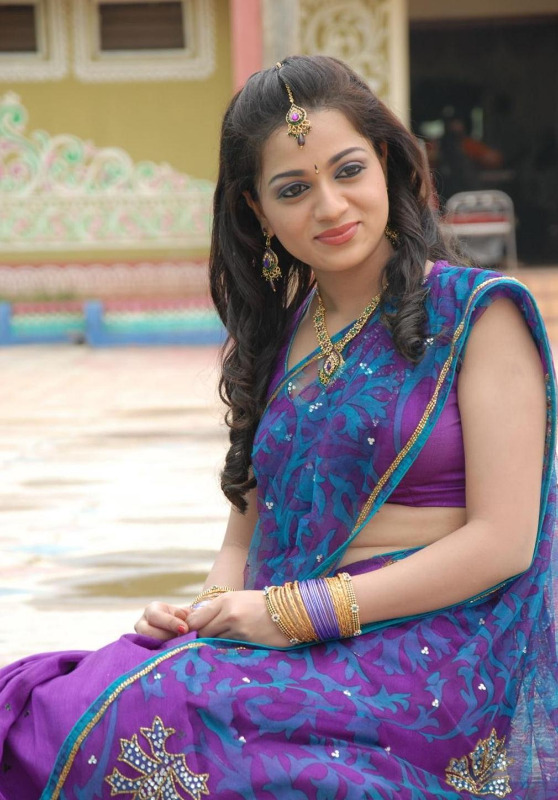 actress reshma hot photos in saree 05 Actress Reshma Hot Photos in Saree