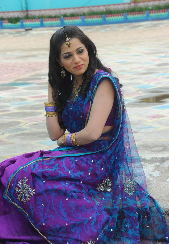 actress reshma hot photos in saree 18 Actress Reshma Hot Photos in Saree