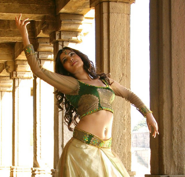 samantha 7 6 Samantha Hot Navel Photos