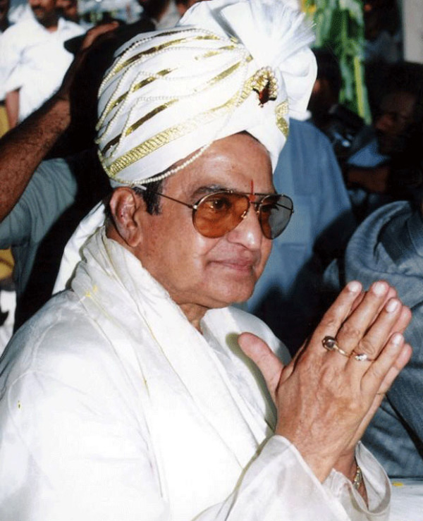 legend n t rama rao photos 1 Senior NTR Photo Gallery