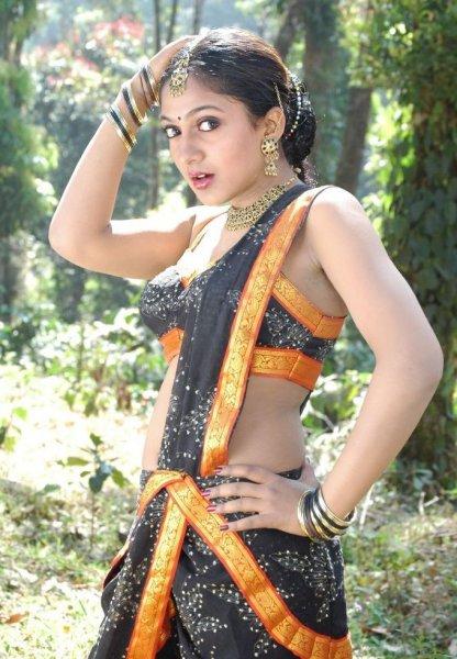 sheela actress hot navel bikini pics wallpapers 22 Sheela Hot Photos