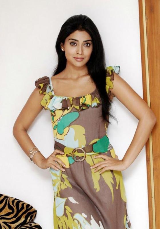 shriya saran photo gallery 8 Shriya Saran Latest Photoshoot Stills
