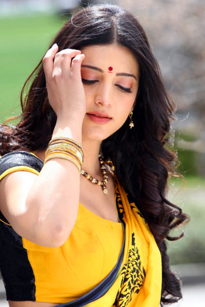 shruti hassan gabbar singh hot photos 18 Shruti Hassan Hot Photos in Gabbar Singh
