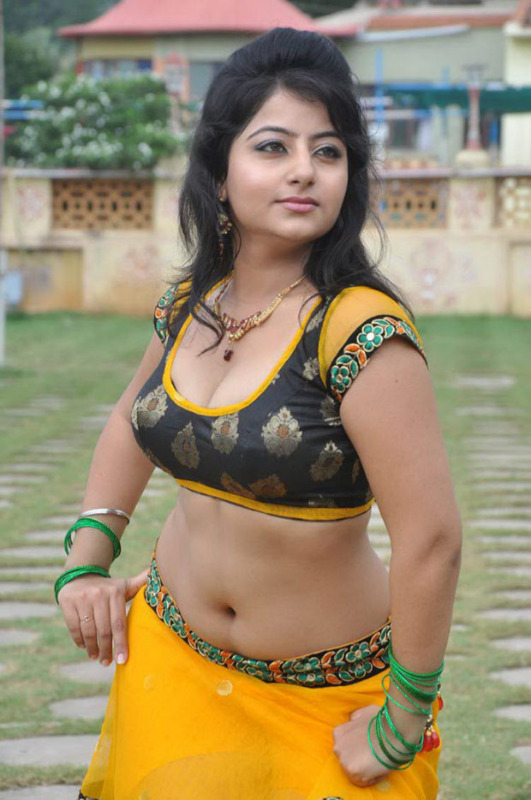 sonu singh hot item song photos 17 Sonu Singh Hot Photo Shoot Photos