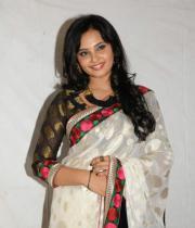 actress_aarushi_cute_photos_in_white_saree_premantene_chitram_audio_release_photostills_12_s_100