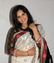 actress_aarushi_cute_photos_in_white_saree_premantene_chitram_audio_release_photostills_26_s_111