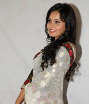 actress_aarushi_cute_photos_in_white_saree_premantene_chitram_audio_release_photostills_29_s_815