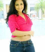 aasheeka-hot-navel-show-pictures-01