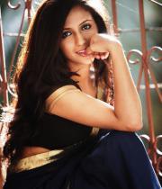 aasheeka-hot-photo-shoot-stills-in-saree-15