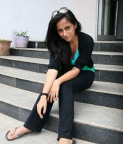 aasheeka-hot-pictures-in-black-jeans-02