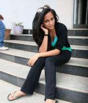 aasheeka-hot-pictures-in-black-jeans-03