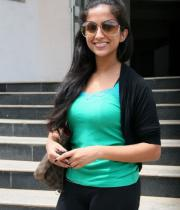 aasheeka-hot-pictures-in-black-jeans-10