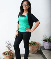 aasheeka-hot-pictures-in-black-jeans-13
