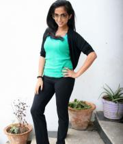 aasheeka-hot-pictures-in-black-jeans-14