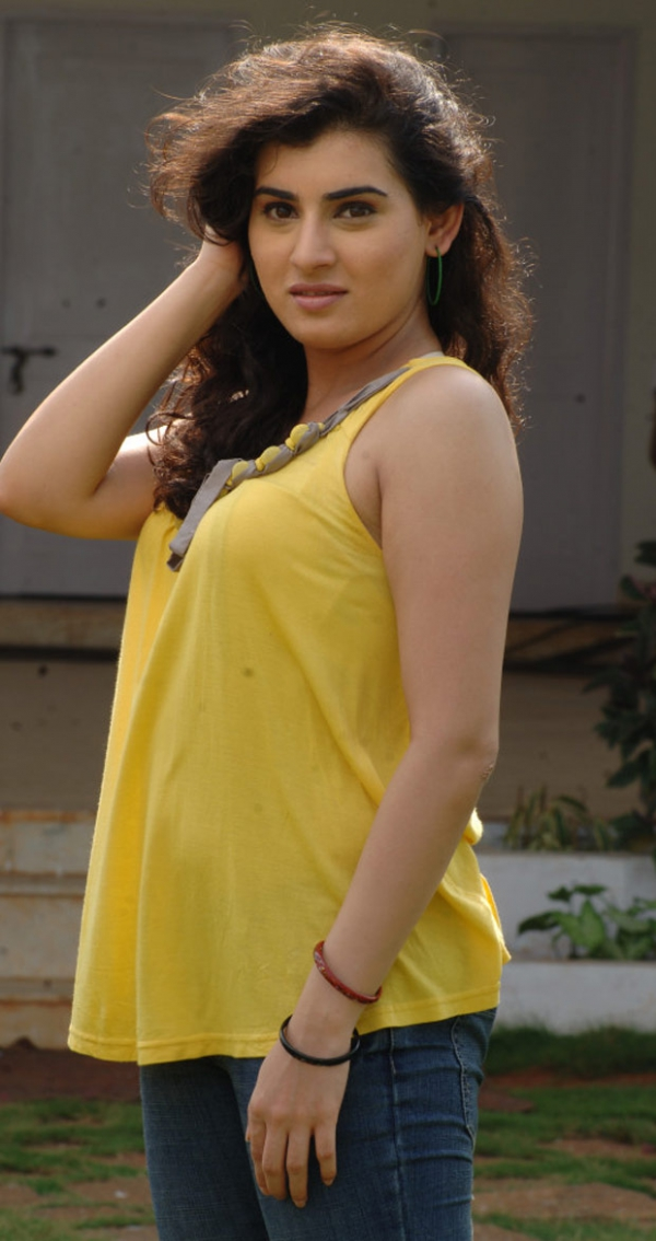 actress-archana-latest-hot-photos-180