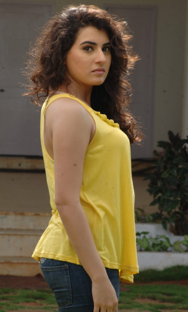 actress-archana-latest-hot-photos-1954