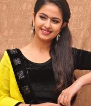 actress-avika-latest-stills-5