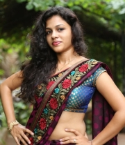 actress-chaitra-hot-stills-at-parinaya-wedding-fair-launch-event-131